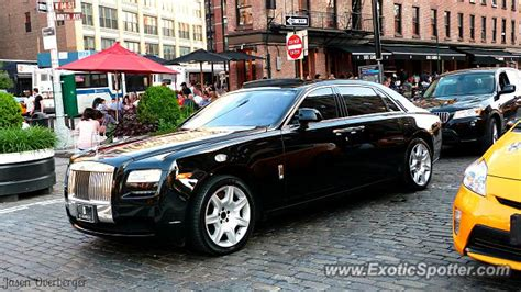 rolls royce ghost spotted in manhattan new york on 06 15 2013