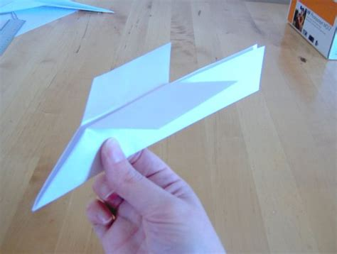 Paper Stuff To Make - things to make and do the sweptback wing