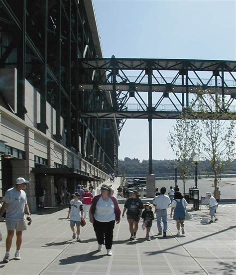 seattle mariners 1999 south side of safeco field with