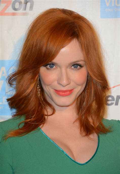 celebrities with the clavicut hairstyle popsugar beauty uk christina hendricks the clavicut the best celebrity
