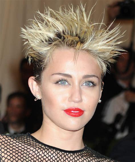 Miley Cyrus Short Straight Alternative Hairstyle   Medium