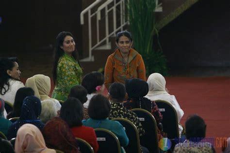 Hak Hak Reproduksi Perempuan Yang Terpasung satu harapan hari ibu jokowi beri grasi perempuan pejuang hak petani