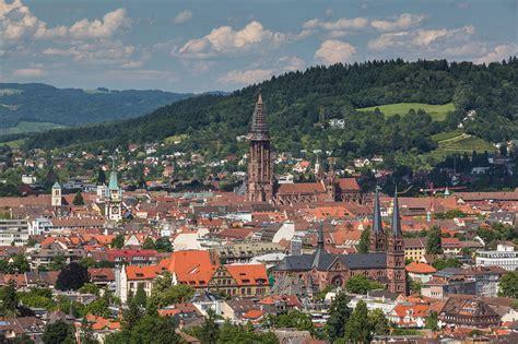 freiburg w freiburg m 252 nster cathedral our landmark urlaubsland