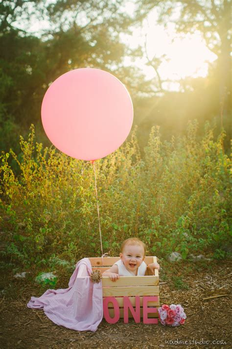 1000 images about 1st bday photo shoot ideas on pinterest 1st first birthday shoot with balloons austin family