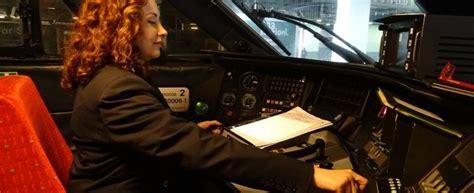 le donne al volante 8 marzo le donne al volante battono degli uomini