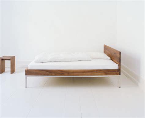 E15 Bett