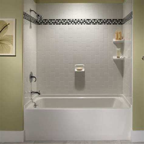 Tiling A Bathtub Shower Surround by 29 White Subway Tile Tub Surround Ideas And Pictures