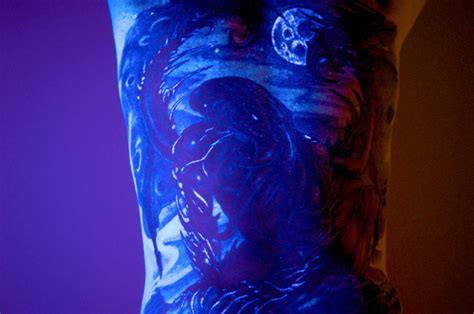 17 awesome glow in the dark tattoos visible under black 17 awesome glow in the dark tattoos visible under black