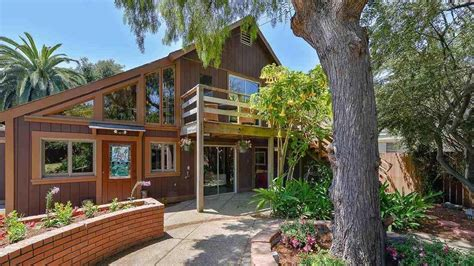 whoopi goldberg house whoopi goldberg lists berkeley home for 1 275 million sells for 2 million