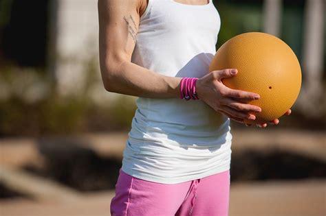 alimentazione per tonificare palla medica i trucchi e gli esercizi per tonificare