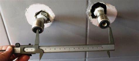 adaptateur robinet baignoire poser un robinet baignoire soi m 234 me facilement mon robinet
