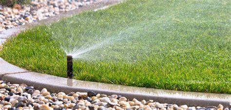 irrigatori da giardino irrigazione scegliere gli irrigatori da giardino e