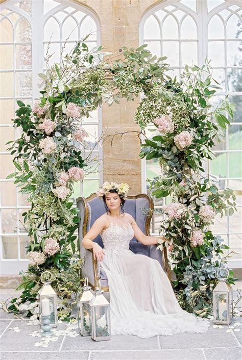 Wedding Flower Arch Uk by 259 Best Wedding Flower Arches Images On