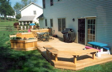 Backyard Deck Ideas Scaping Photo Idea Small Yard Landscaping Ideas Edging