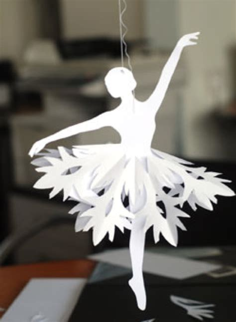 Paper Snowflake Craft - pretty diy paper snowflake ballerinas for