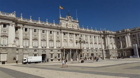 palacio real entradas palacio real de madrid royal palace of madrid travblog