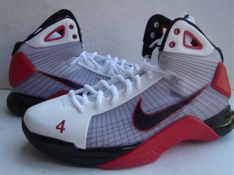 chris bosh basketball shoes nike hyperdunk chris bosh pe sneakernews