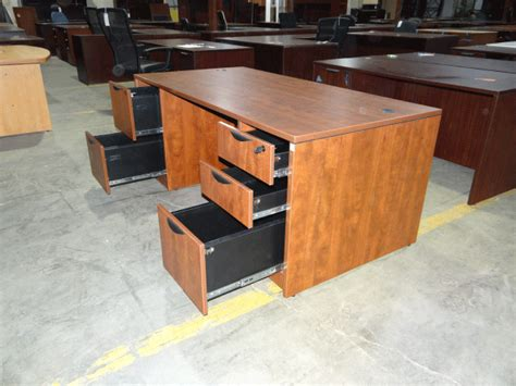Used Office Desks For Sale Used Office Desk Used Desks Office Furniture Warehouse