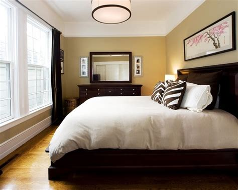Decorating Ideas For Bedrooms With Brown Furniture Bedroom Decorating Ideas With Wood Floors Home Delightful