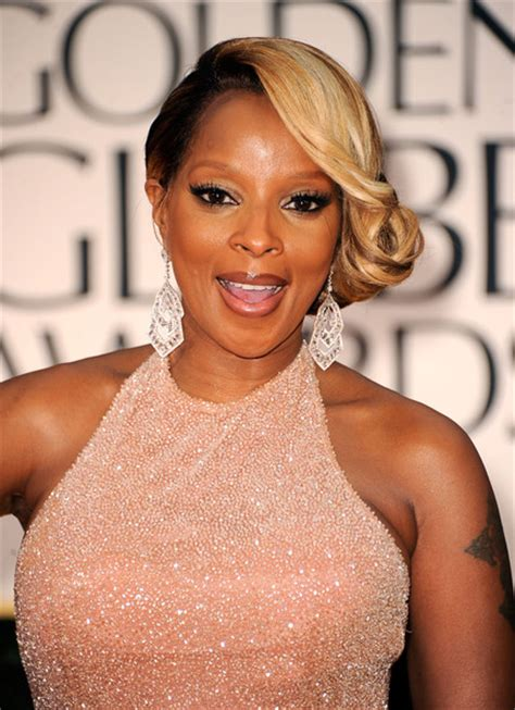 mary j blige flipped hair more pics of mary j blige side swept curls 1 of 14