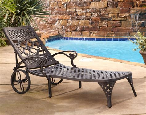 Outdoor Chaise Lounge Chairs With Wheels Design Ideas Patio Lounge Chair Wheels Patio Chaise Lounge Chairs With Wheels Patios Home Oakland Living