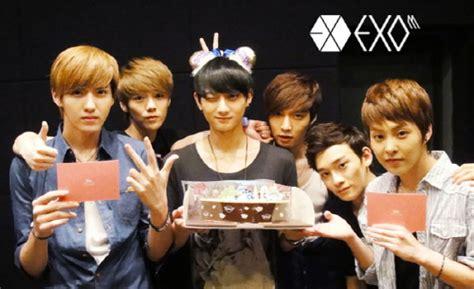 exo member birthday trans 120601 exo m s staff diary hello exodicted