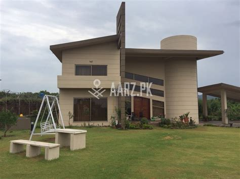 farm houses for sale 5 kanal farm house for sale in naval farms housing scheme islamabad aarz pk