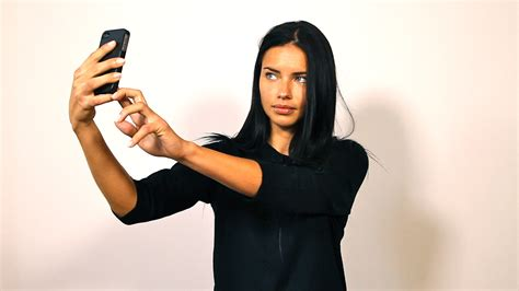 Am Selfie rate my selfies am i