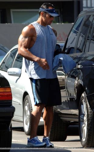 Rok Skiny by The Rock Got Friggin In His New