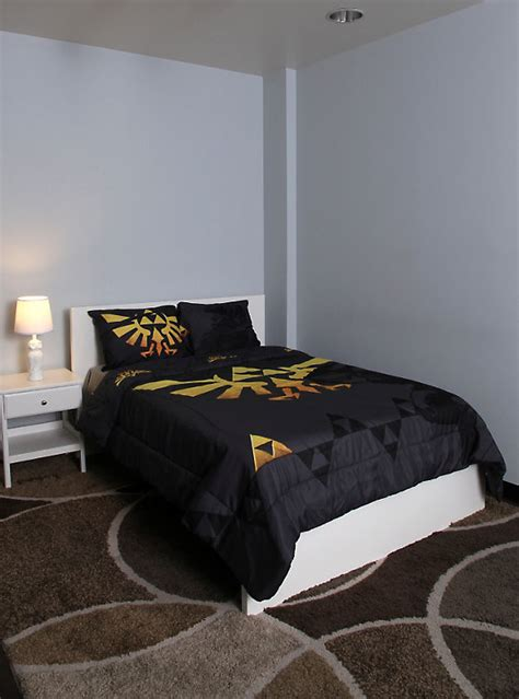 the legend of zelda triforce full queen comforter hot topic