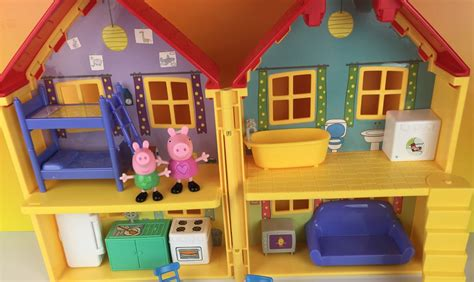 peppa pig house playset peppa pig s house playset george nickelodeon la casa de peppa by disneytoyreview