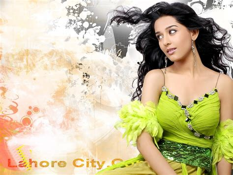 hd wallpapers for pc bollywood movies wallpapers hot2012 bollywood wallpapers for desktop