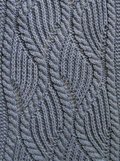 knitting cable knit scarf pattern brioche and traveling cable knitting