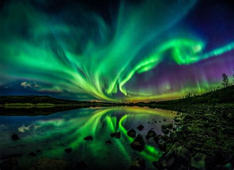 where can you see the northern lights astronaut snaps beautiful picture of the northern lights