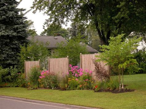 how to create backyard privacy 1000 images about front yard landscaping to hide traffic
