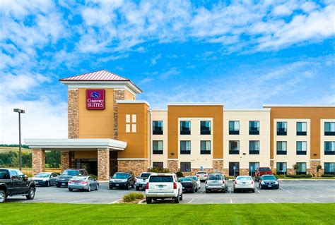 comfort inn and suites rochester mn comfort suites in rochester mn 507 424 2