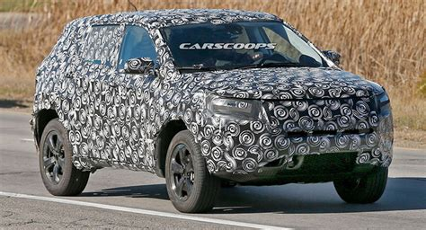 New Jeep Model 2017 Jeep Compact Cuv Spied Merges Compass And Patriot