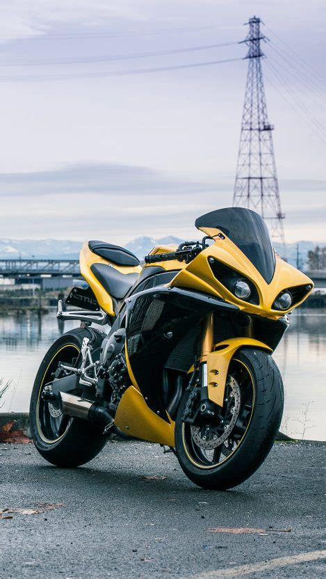 yamaha r1 wallpaper for iphone 5 yamaha r1 yellow iphone wallpaper iphone wallpapers