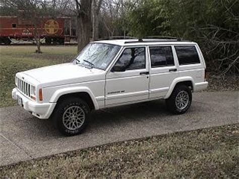 small jeep white brown motor company small suvs