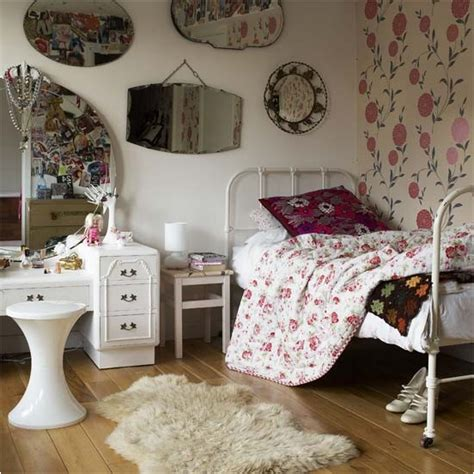 vintage inspired bedrooms vintage style teen girls bedroom ideas