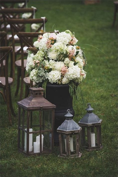 Backyard Wedding Lanterns 1000 Ideas About Backyard Wedding Decorations On