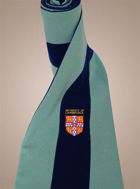 scarf amies