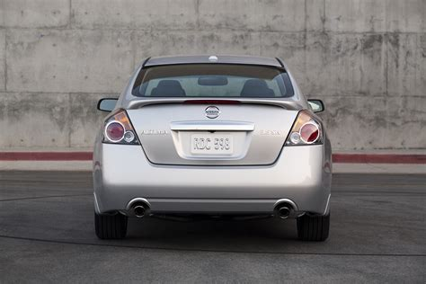 altima nissan 2011 2011 nissan altima 05 171 road reality