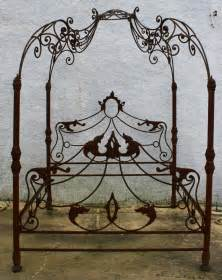 Wrought Iron Canopy Bed Frames Best 20 Nouveau Bedroom Ideas On