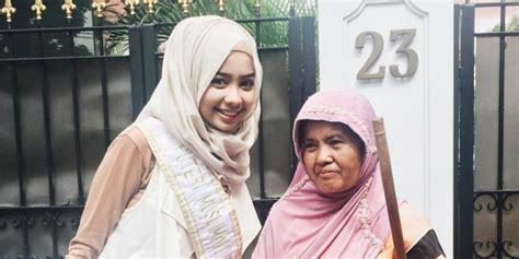 Hilo Muslimah 5 000 Jilbab Gratis Untuk Muslimah Dhuafa Co Id