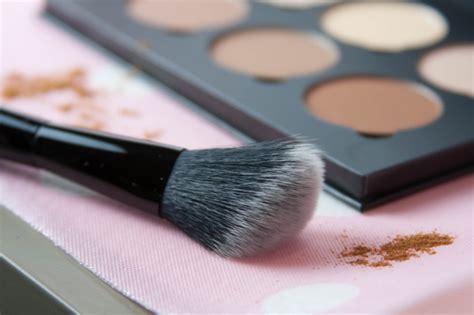 Bedak Foundation Untuk Contour 5 tips mudah contouring wajah untuk pemula kawaii