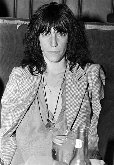 patti smith hairstyle past and present 8 famous shag haircuts thefashionspot