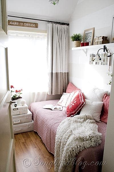 tiny bedrooms reading room in red and white songbird
