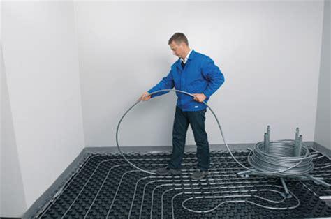 fußbodenheizung verlegen noppensystem eine zwei verlegearten einer fu 223 bodenheizung