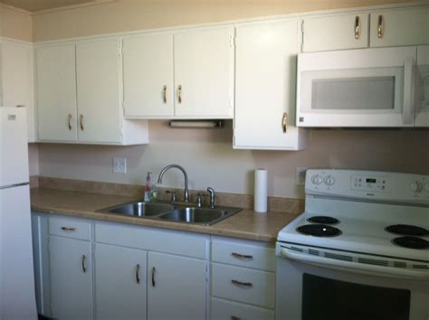 high gloss or semi gloss paint for kitchen cabinets painting kitchen cabinets gloss white home